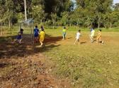Rèn luyện thể lực cho các em học sinh